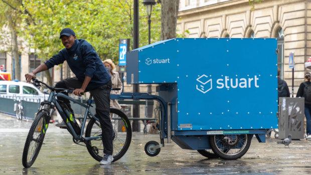 Monoprix livre les Parisiens à 100% en mobilité douce depuis ses magasins