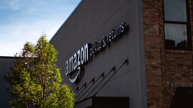 Amazon utilise les magasins physiques pour apporter de nouveaux services à ses clients. - © D.R.
