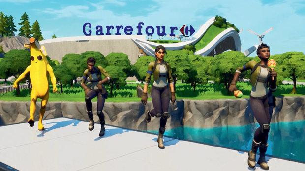 Dans la maps Carrefour de Fortnite, le joueur récupère des points de vie en mangeant sain. - © Carrefour