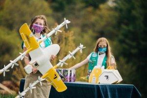 Les Girls Scouts de la ville de Christiansburg en Virginie ont livré leurs cookies par drône. - © Alphabet