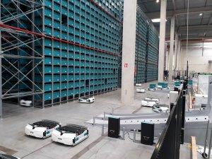 Cdiscount a investi massivement dans la robotisation de ses entrepôts. - © Cdiscount