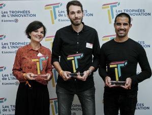 De gauche à droite: Lucie Soulard de Place2Swap, Mickaël Braconnier de Mon Super Voisin et Irwan Djoehana de Retail Shake, les 3 lauréats des Trophées de l'Innovation E.Leclerc 2021. - © CHRISTOPHE MEIREIS