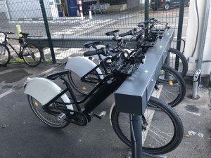 Les vélos figurent bien sûr parmi les solutions alternatives de déplacement mises en place pour les collaborateurs de Métro France. - © D.R.