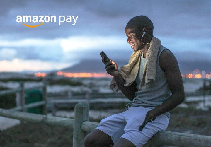 Avec Amazon Pay, les clients peuvent acheter en toute sécurité sur des milliers de boutiques en ligne, en utilisant les informations déjà stockées dans leur compte Amazon.