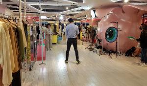 Printemps a créé un plateau live shopping au sein de son espace Market dédié aux marques digitales. - © CC / Républik Retail